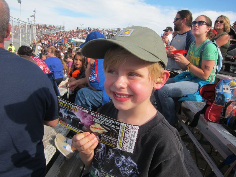 Monster Trucks 010