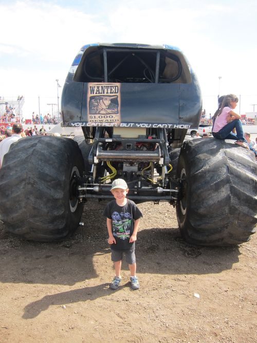Monster Trucks 005